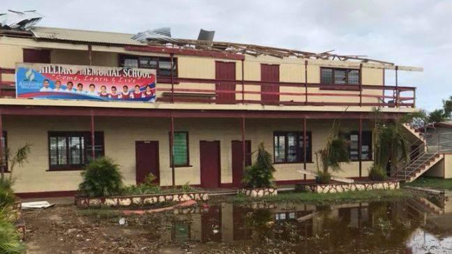 Ueberflutungen_Hilliard_Memorial_School_Tonga_AdventistRecord