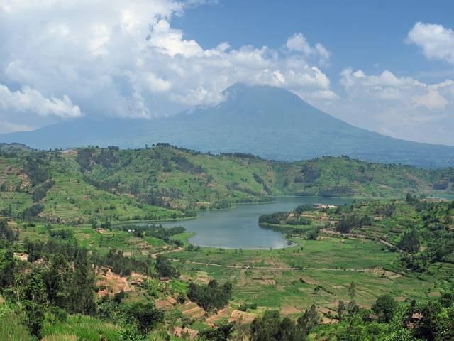 RwandaVolcanoAndLake_cropped2