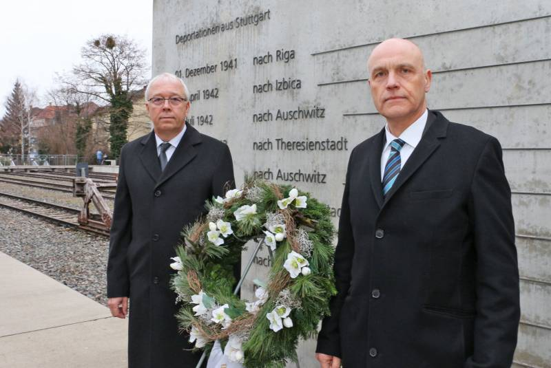 Kranzniederlegung_Adventisten_Holocaust_Gedenktag_Foto_Anne-Kristin_Werner
