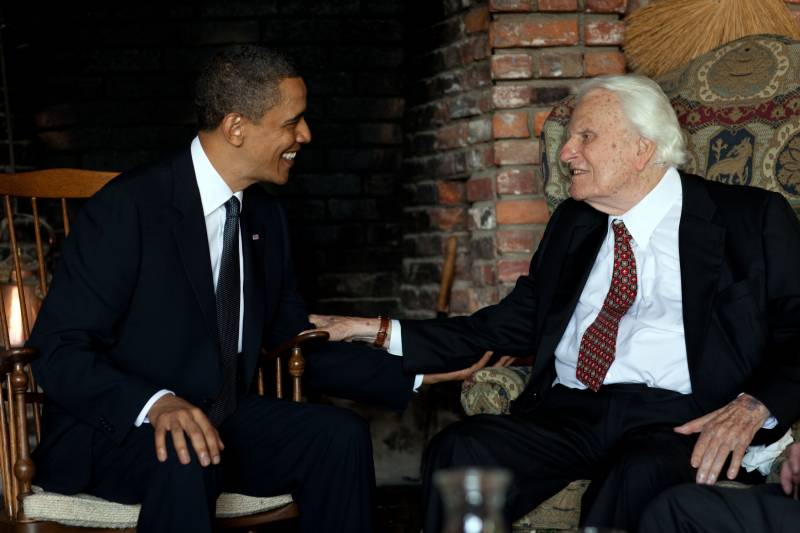 Barack_Obama_and_Billy_Graham